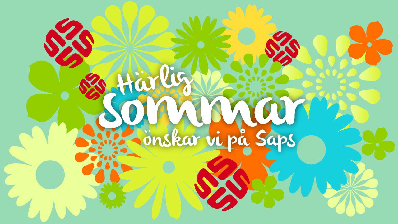 Sommarhälsningar från Saps med ett vykort med sommarkänsla och Saps-logga och blommor